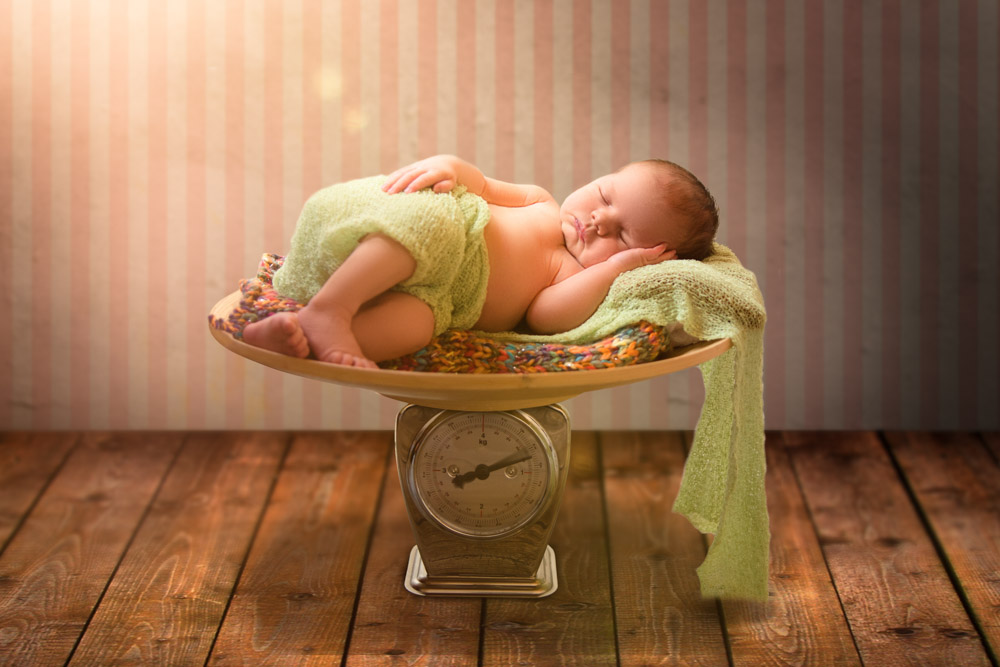 Neugeborenenshooting mit Leonie
