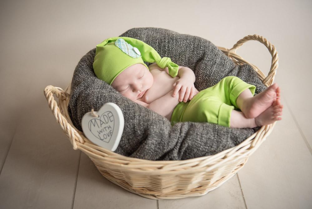 Neugeborenenshooting-Paderborn-Homeshooting-Fotograf-Paderborn