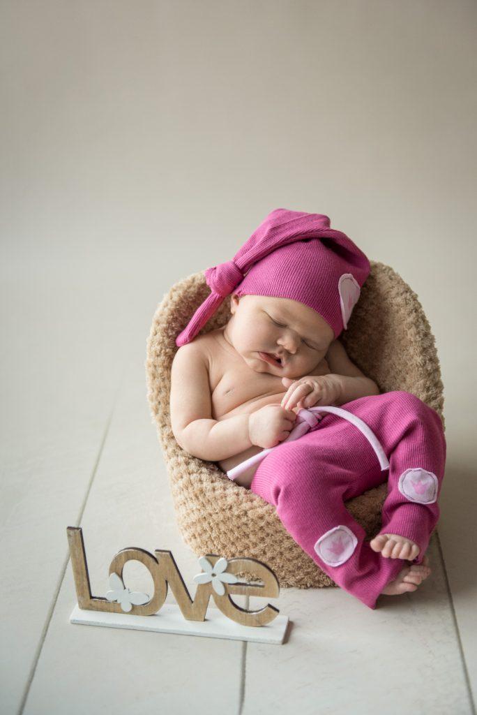 Neugeborenenshooting-Fotograf-Paderborn-Babyshooting