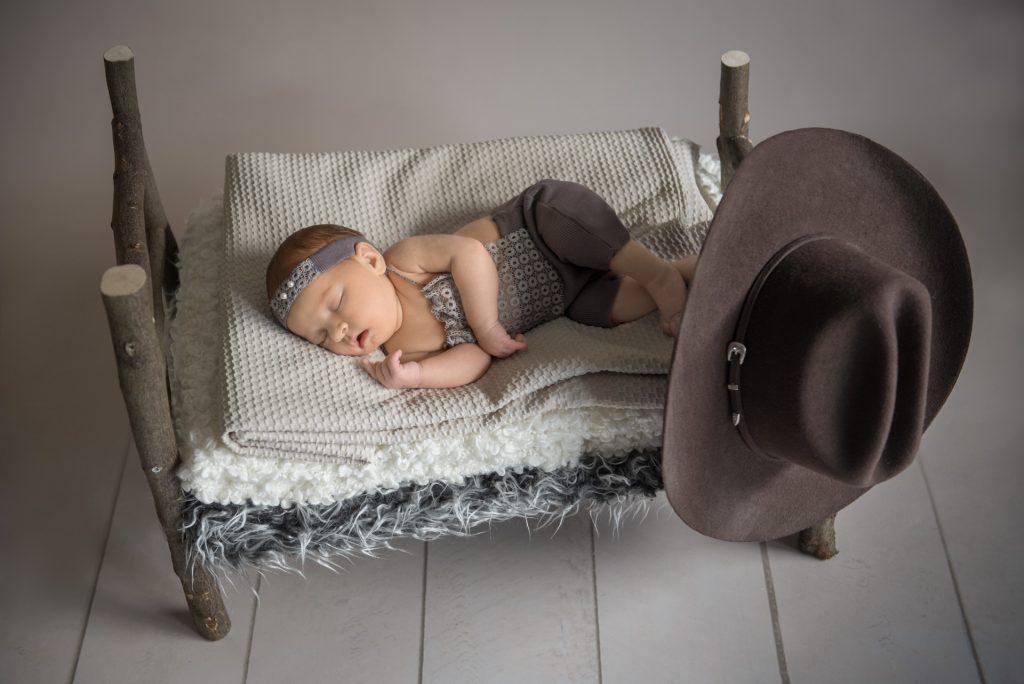 Neugeborenenshooting-Babyshooting-Babyfotos-Fotograf-Paderborn-Rietberg