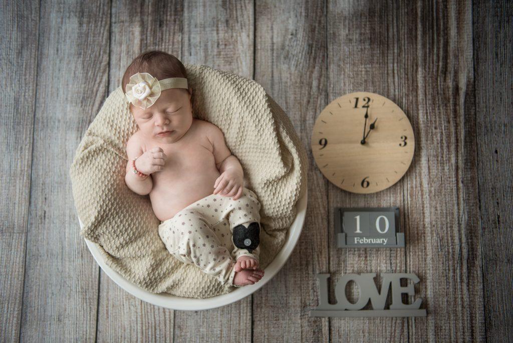 Babyshooting-Guetersloh-Verl-Neugeborenenshooting-Lotte-zu Hause-Familienbilder-Paderborn