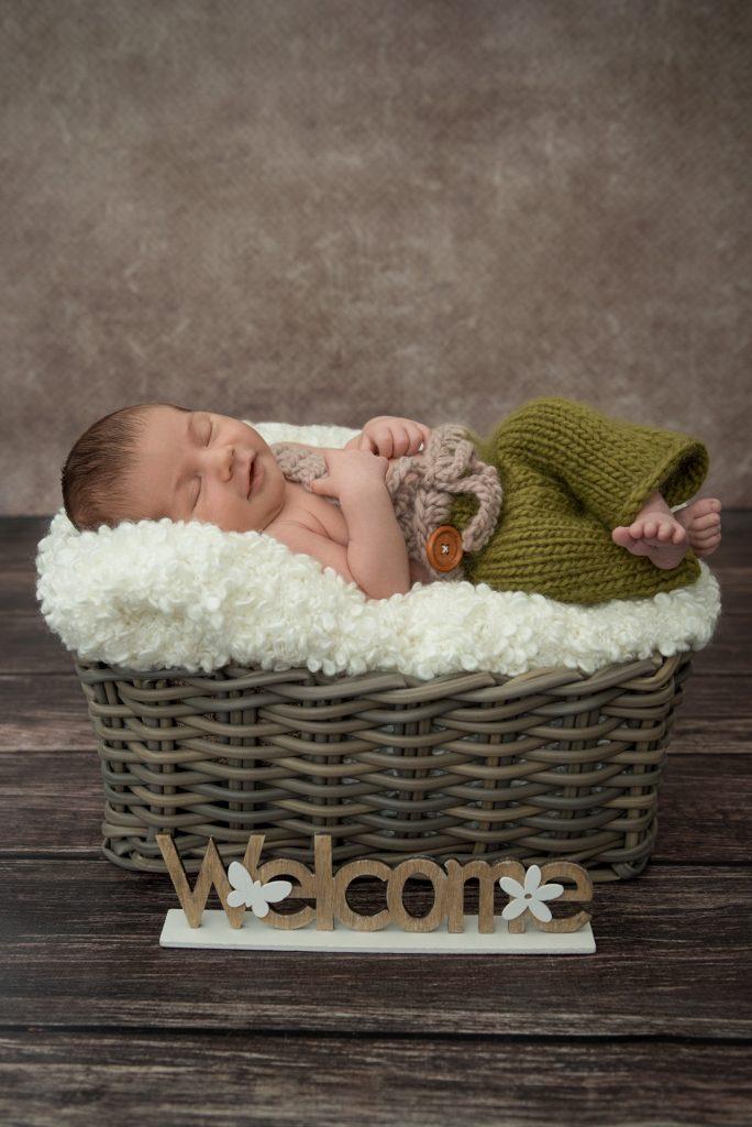 Babyshooting-Babyfotos-zuHause-FotografPaderborn-FotografGuetersloh-NadineKollakowskiFotografie-RhedaWiedenbrueck