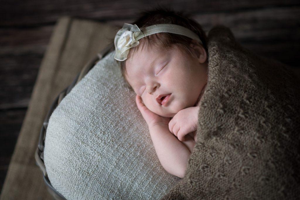 BabyshootingPaderborn-FotografPaderborn-BabyfotosPaderborn-NeugeborenenshootingPaderborn-FotografGuetersloh-NadineKollakowskiFotografie
