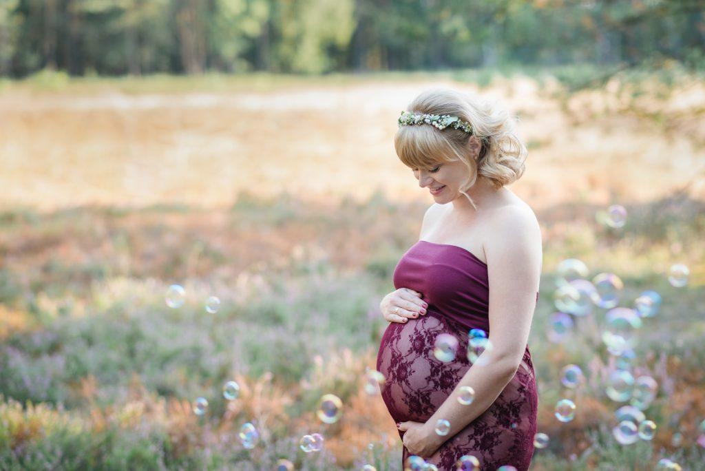 BabybauchshootingPaderborn-BabybauchfotosPaderborn-FotografPaderborn-SchwangerschaftsbilderPaderborn-NadineKollakowskiFotografie