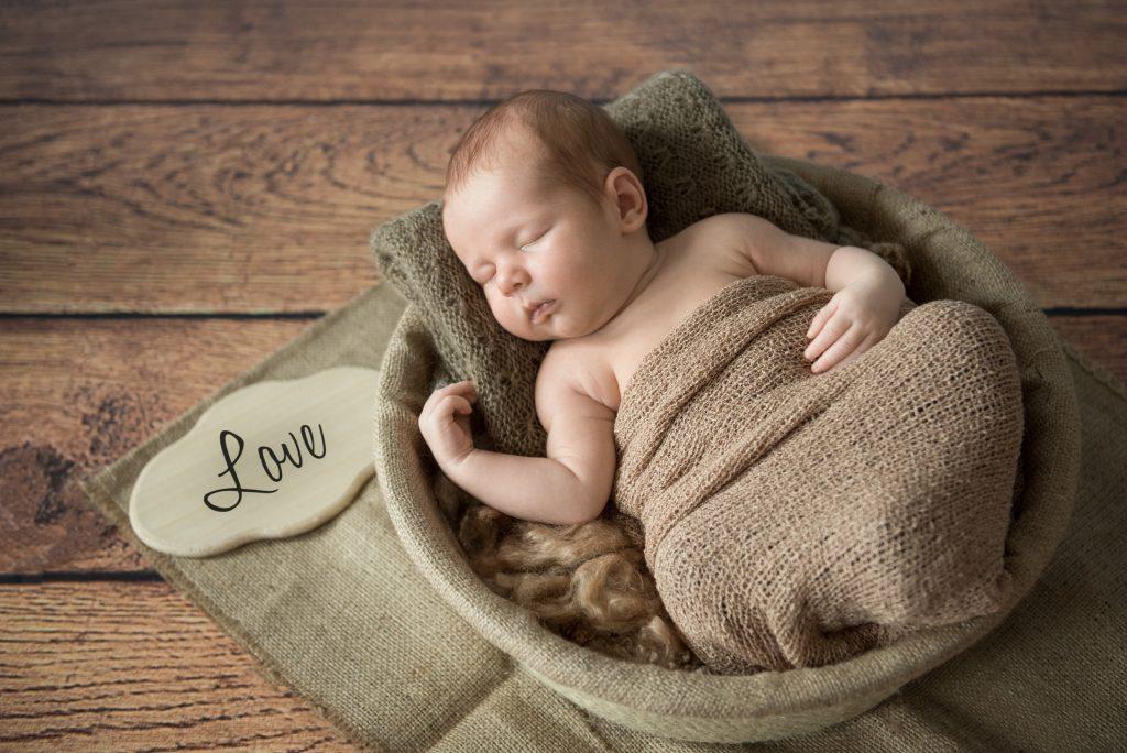 BabyshootingDetmold-BabyfotosDetmold-NeugeborenenshootingDetmold-FotografPaderborn-BabyfotografPaderborn-NadineKollakowskiFotografie