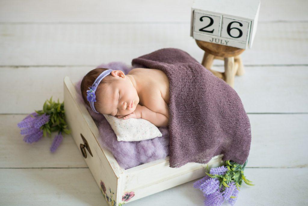 BabyshootingPaderborn-BabyshootingDetmold-BabyfotografPaderborn-NeugeborenenshootingGuetersloh-BabyfotosPaderborn-NadineKollakowskiFotografie