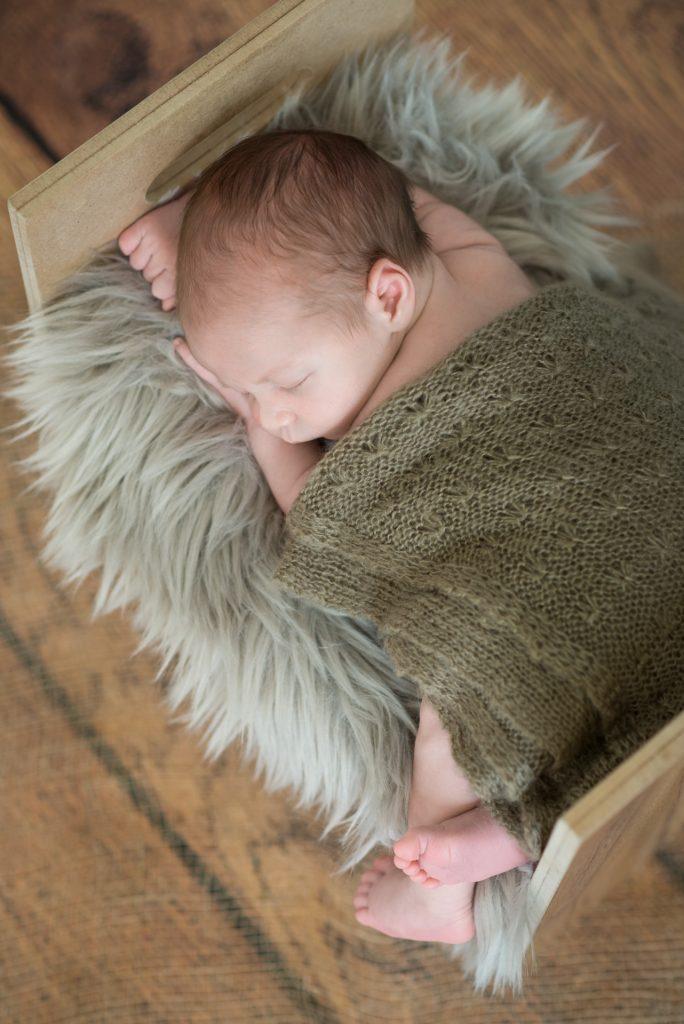 NeugeborenenshootingPaderborn-BabyshootingPaderborn-BabyfotosGuetersloh-FotografPaderborn-NadineKollakowskiFotografie