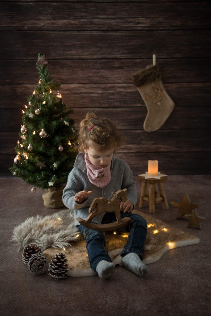 WeihnachtsshootingPaderborn-KinderWeihnachtsbilderPaderborn-WeihnachtsgeschenkPaderborn-FotografPaderborn-NadineKollakowskiFotografie