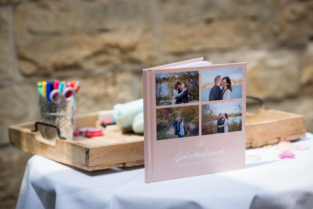HochzeitsreportagePaderborn-HochzeitsfotografPaderborn-SchlossGarvensburgHochzeit-HochzeitSchloss-HochzeitsfotosPaderborn-FotografPaderborn-NadineKollakowskiFotografie