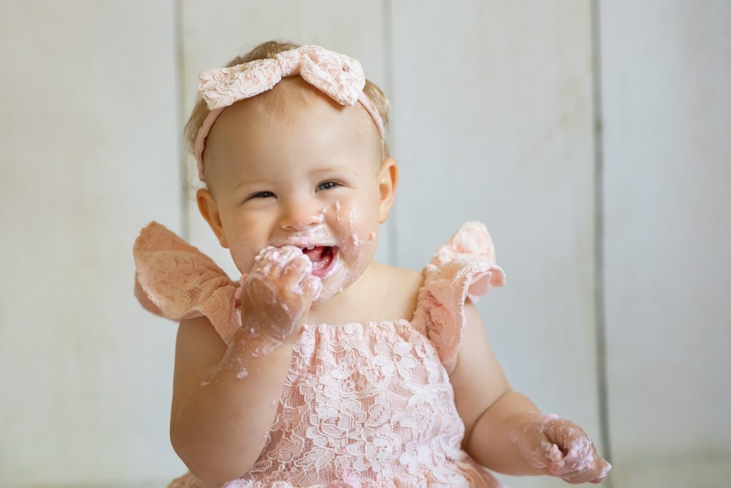 CakeSmashShootingPaderborn-CakeSmashShootingBielefeld-KinderfotosPaderborn-KinderfotosBielefeld-FotografPaderborn-FotografGuetersloh-NadineKollakowskiFotografie