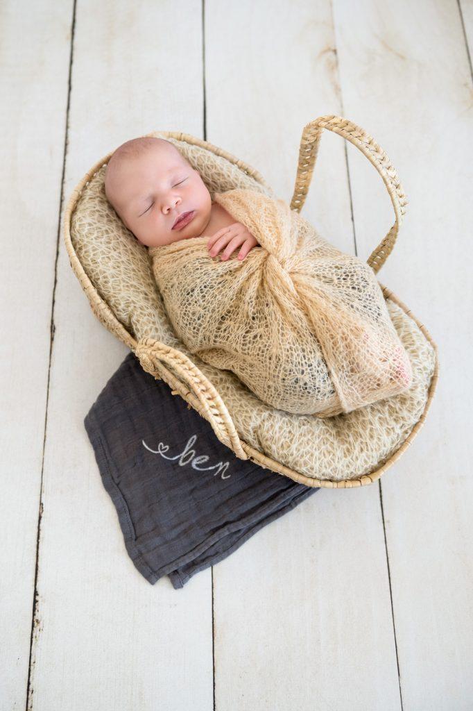 Ben_BabyshootingPaderborn-BabyfotografGuetersloh-BabyfotografPaderborn-FotografPaderborn-BabyshootingzuHause-NadineKollakowskiFotografie